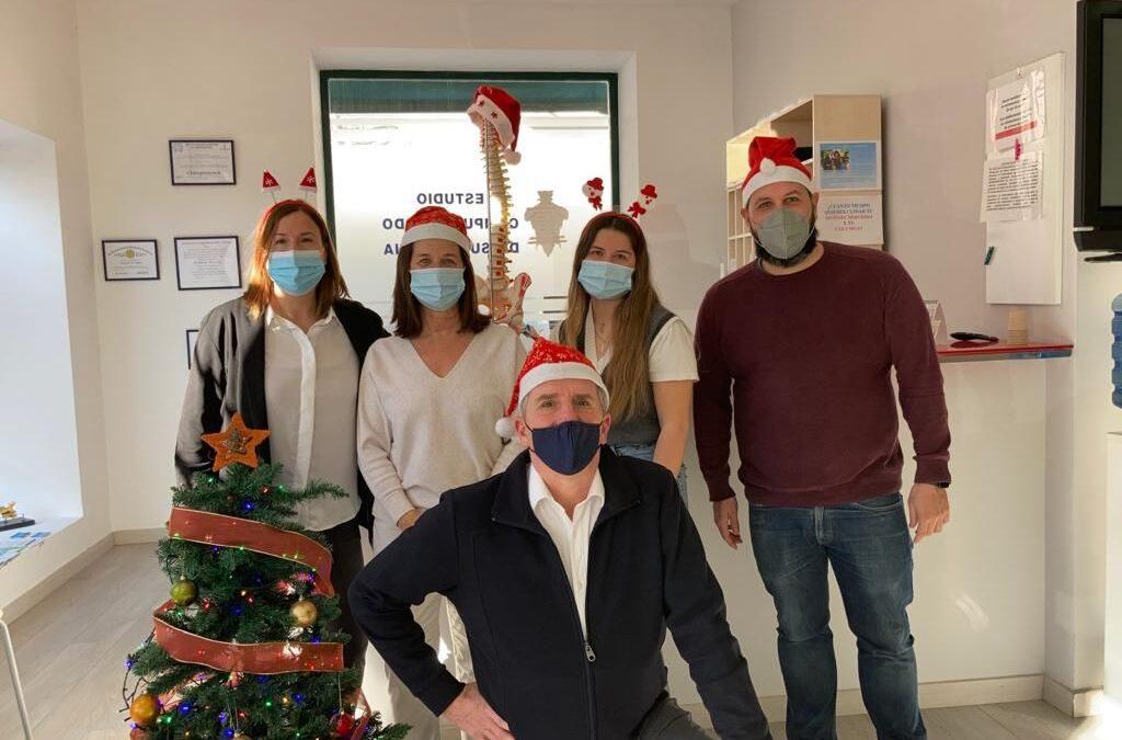 El equipo de los centros quiroprácticos Rocafort y Alameda quiropráctica te deseamos felices fiestas y prospero 2021