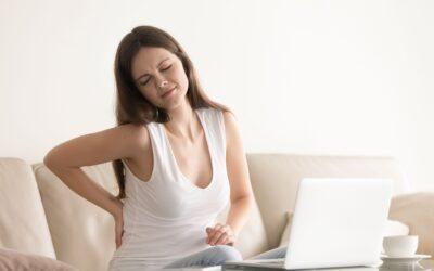 Evita las posturas incorrectas y cuida de tu columna