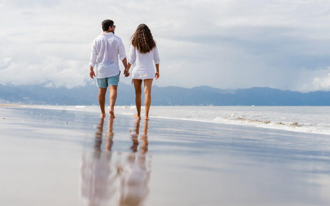 Beneficios andar por la playa